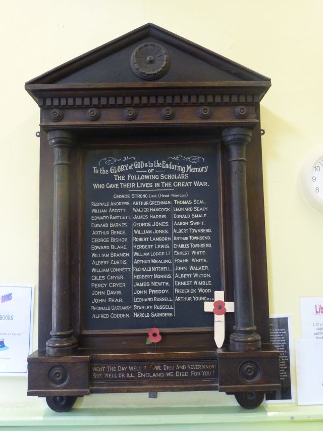 St Saviour's School Memorial